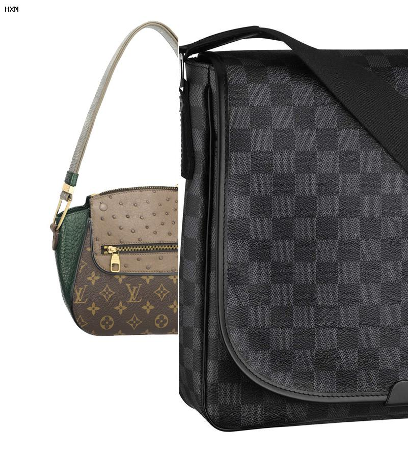 louis vuitton pochette eva clutch